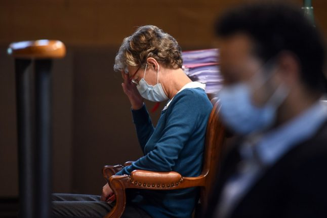 French court jails drunk anaesthetist over death of British woman during C-section