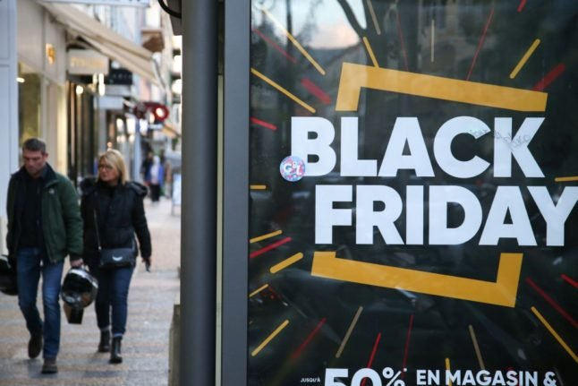 French firms in talks to postpone Black Friday until shops reopen