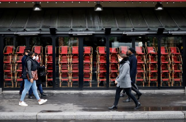 Bars, restaurants and cinemas might not reopen in January, says French economy minister