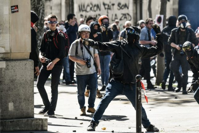 INTERVIEW: A French Black Bloc rioter explains reasons for protest violence