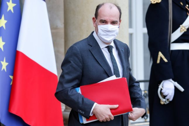 France closes non-EU borders and tightens curfew in last chance to avoid third lockdown