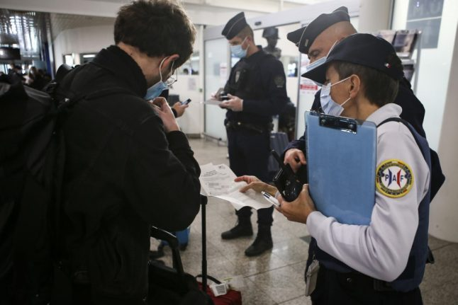 Tests and quarantine: France imposes new border restrictions for arrivals from non-EU countries