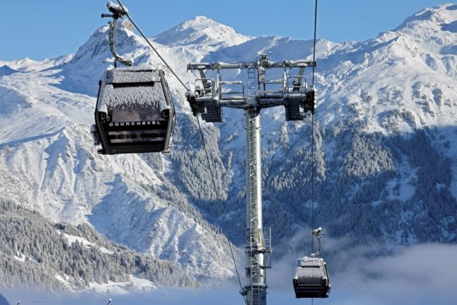 French government confirms ski lifts to stay closed but says holidays 'possible'