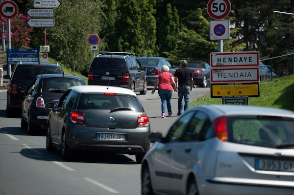 Spain to require negative Covid test at French land border