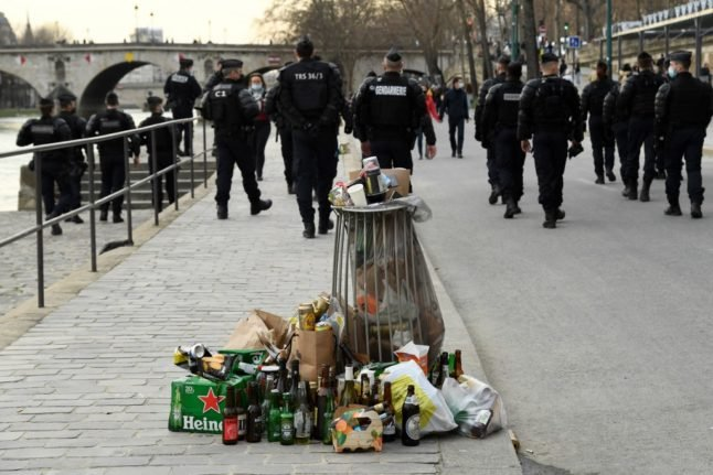 'Trashed Paris': Is the French capital dirtier than ever?