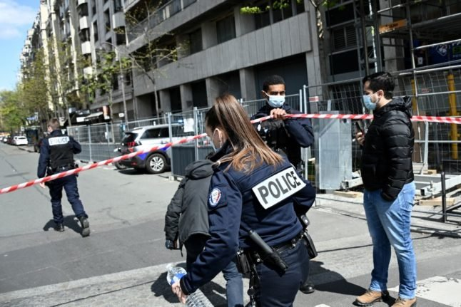 Man killed and security guard injured in 'settling of scores' outside Paris hospital