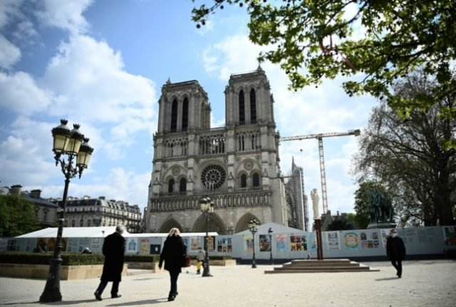 Paris' Notre-Dame square closed due to health fears over lead levels