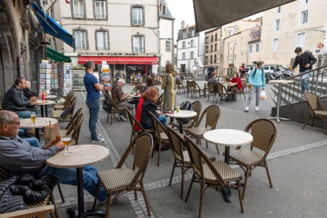 Covid-19: How safe is it to return to France's cafe terraces?
