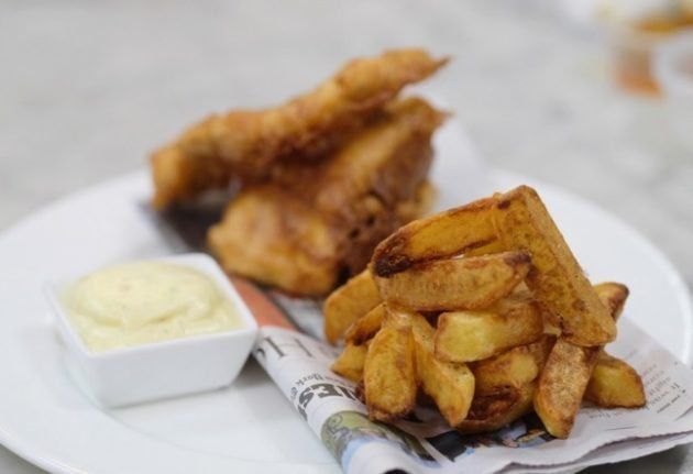 From fish and chips to hot sauce: How foreigners in France preserve their food traditions