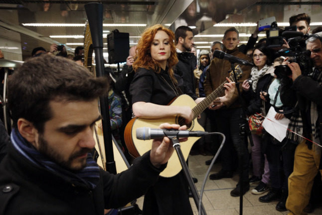 Buskers to return to Paris Metro after more than a year