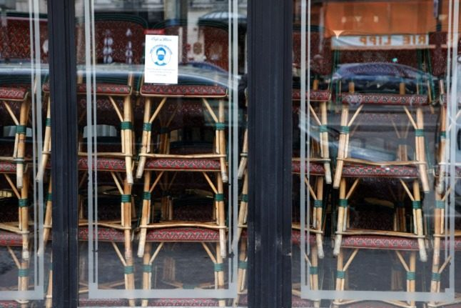 French insurance giant agrees to pay €300m to restaurants over Covid closures