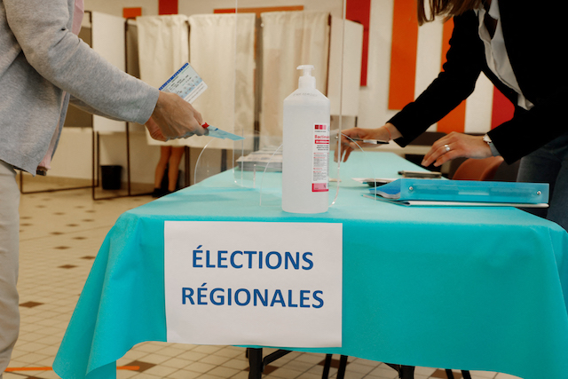 Gains seen for far-right in French regional polls