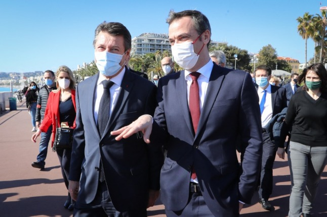 EXPLAINED: Where in France do you have to wear a face mask in the street?