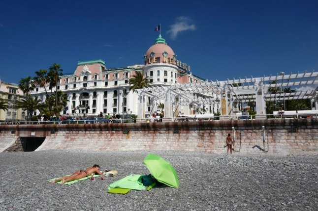 Topless sunbathing in France hits 'historic low'