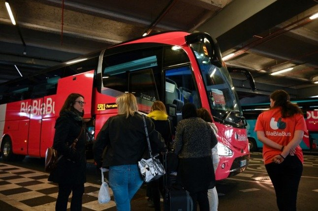 Night bus: How to travel the length of France for less than €15