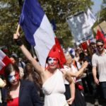 IN PICTURES: 140,000 turn out for fresh protest against France's health pass