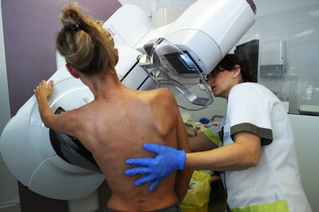 Here's who qualifies for free breast cancer screening in France
